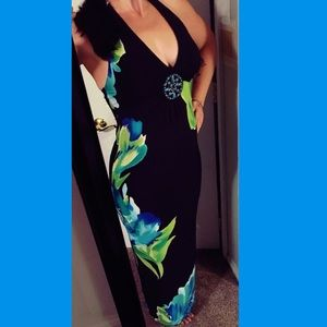 Size 6 Carole Little Halter Maxi with padded cups